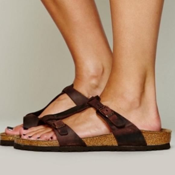cc8d1f617bff Birkenstock Shoes - 🆕🎉RARE Larisa Birkenstock oiled sandal 37 🎉💕